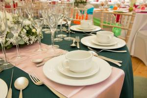 Forest Green and Pink Table (2)